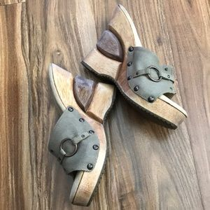 Dr Sholl's Memory Fit Cushioned Wedge Sandals 6M